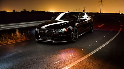 Audi RS5 noir - wallpaper HD