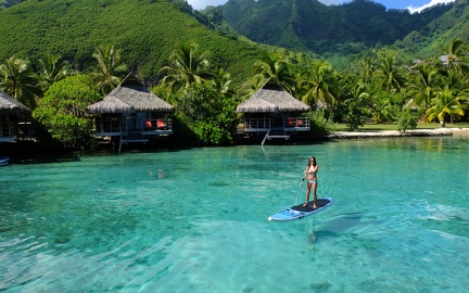 Paddle in the islands