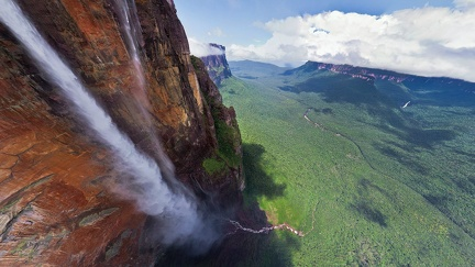 Highest waterfall in the world - Jump of the angel - Venezuela