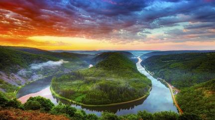 River - wallpaper